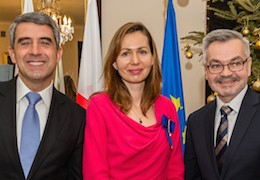 Anna-Marie Vilamovska (center) with Bulgarian president Rossen Plevneliev and the Polish Ambassador to Bulgaria, H.E. Krzystof Krajewski