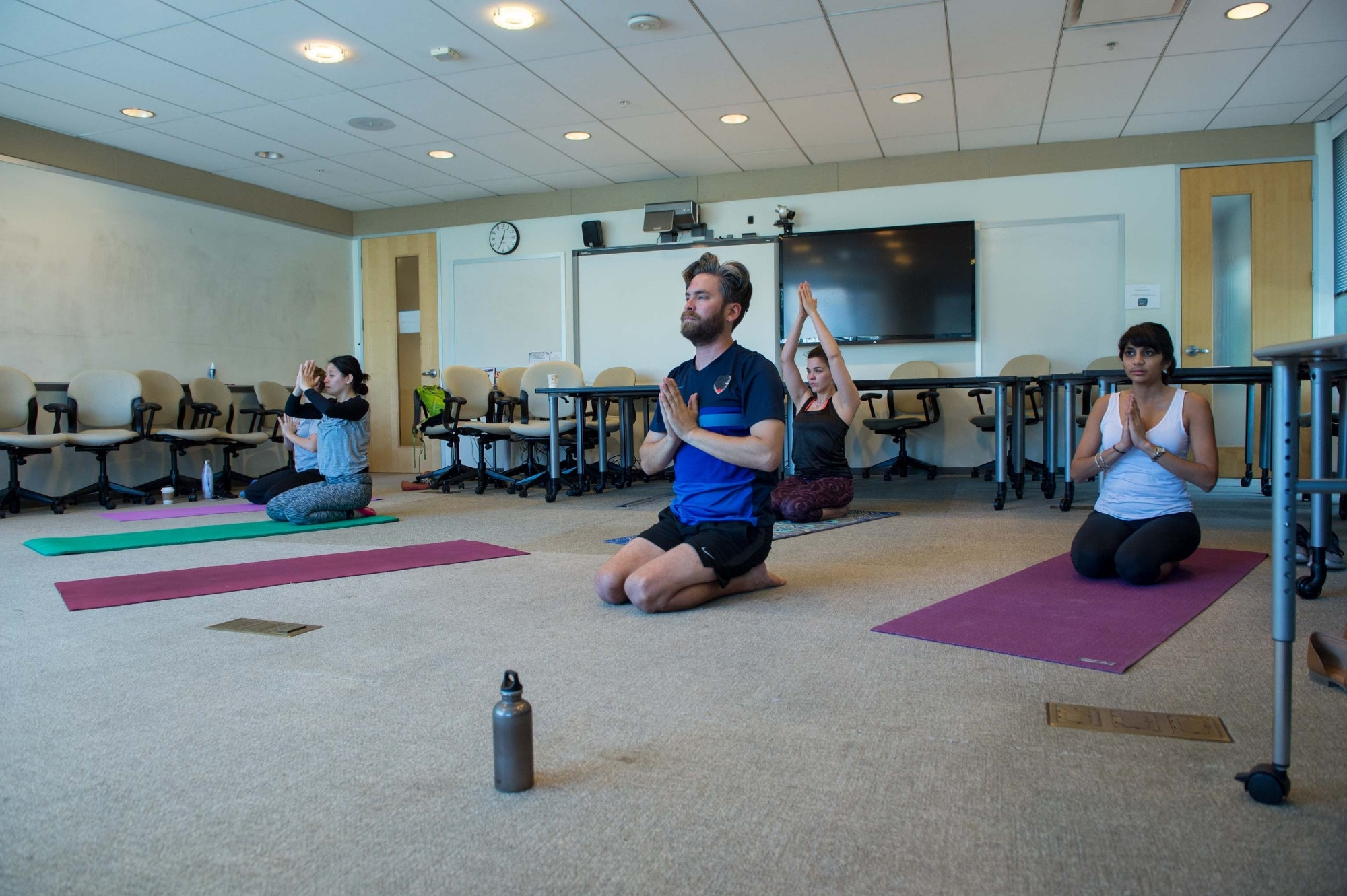 Pardee RAND Mental Health Week 2018, p201805_05, activities, yoga, tai chi, pet therapy, crafts, music, erin duffy, juliana chen-peraza, cameron wright, meghan franco, karishma patel