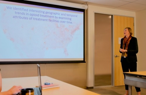 Student Erin Duffy (cohort '15) presents her team's findings at an internal briefing, part of RAND's AI Study Circle