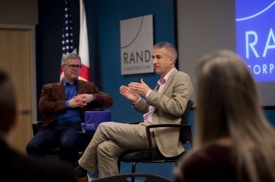 Distinguished Visitor Michael Phillips at Pardee RAND, photo by Diane Baldwin/RAND Corporation