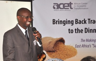 ACET's Julius Gatune (a Pardee RAND alum) presents at the Traditional Grains stakeholders workshop