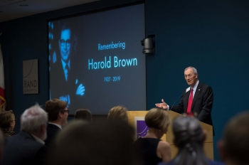 Former RAND president and former Secretary of the Air Force Don Rice speaking at Harold Brown memorial, photo by Diane Baldwin/RAND Corporation