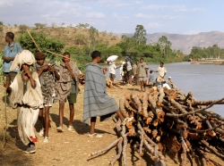 Ethiopians alight from a boat at the Blue Nile falls, 19 miles from Bahir Dar, April 19, 2011, photo by Flora Bagenal/Reuters