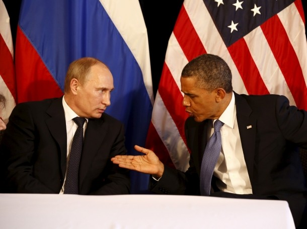 Russia's President Vladimir Putin meets with U.S. President Barack Obama during the G20 summit in Los Cabos, Mexico, June 18, 2012