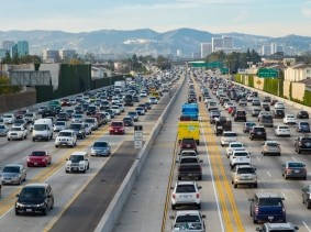Traffic on the 405 freeway North in Los Angeles, California
