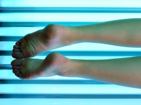 youth in tanning bed