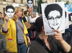 Supporters of Edward Snowden