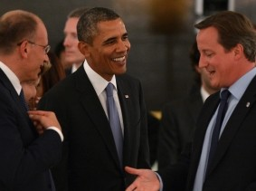 Italy's Prime Minister Enrico Letta, U.S. President Barack Obama, and Britain's Prime Minister David Cameron attend the working dinner after the session of the G20 Summit in Strelna near St. Petersburg, September 5, 2013