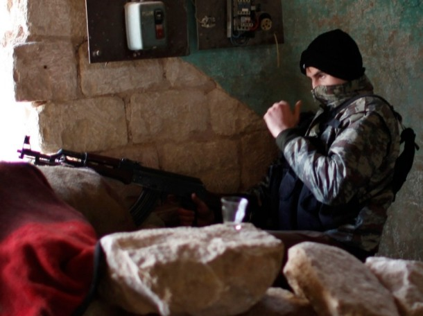 Fighters from Islamist Syrian rebel group Jabhat al-Nusra