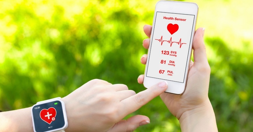 smart phone and smart watch with mobile heart rate app