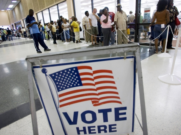 U.S. residents in line to vote