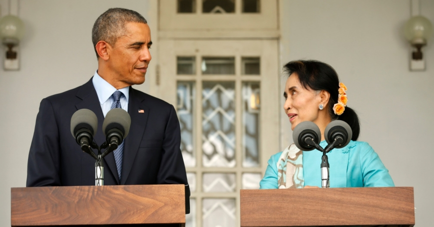 U.S. President Barack Obama and opposition politician Aung San Suu Kyi hold a press conference after their meeting in Yangon, Myanmar, November 14, 2014
