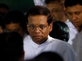 Sri Lanka's newly elected President Maithripala Sirisena arrives for his swearing-in ceremony in Colombo, January 9, 2015