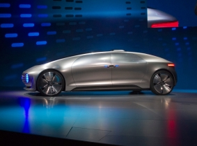 The Mercedes-Benz F015 Luxury in Motion autonomous concept car is shown on stage during the 2015 International Consumer Electronics Show (CES) in Las Vegas, Nevada, January 5, 2015, photo by Steve Marcus/Reuters