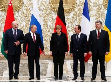 Belarus' President Alexander Lukashenko, Russia's President Vladimir Putin, Germany's Chancellor Angela Merkel, France's President Francois Hollande, and Ukraine's President Petro Poroshenko at peace talks in Minsk, February 11, 2015