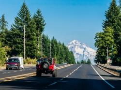 Vehicles driving toward Mt. Hood in Oregon