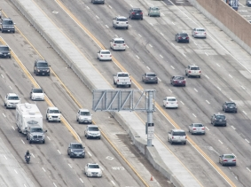Los Angeles freeway, photo by Andrea Izzotti/Fotolia