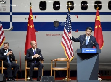 Chinese President Xi Jinping visits Boeing in Everett, Washington, September 23, 2015