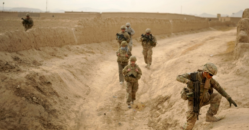 U.S. Army automatic rifleman with Provincial Reconstruction Team Zabul in Shah Joy, Afghanistan, November 2011