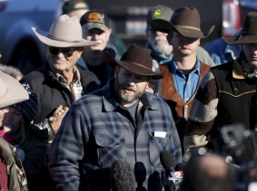 Leader of a group of armed protesters Ammon Bundy talks to the media at the Malheur National Wildlife Refuge near Burns, Oregon, January 8, 2016, photo by Jim Urquhart/Reuters