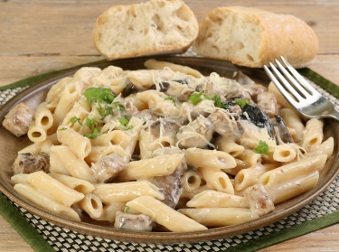Pasta with chicken, mushrooms, and alfredo sauce
