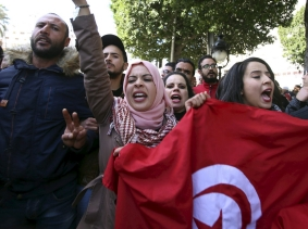 Unemployed graduates hold a demonstration to demand the government provide them with job opportunities, in Tunis, Tunisia, January 20, 2016, photo by Zoubeir Souissi/Reuters