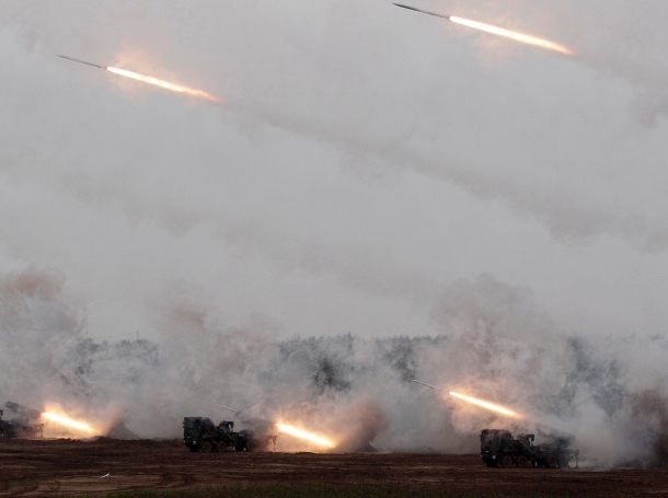 Taiwan-made MK-30 rockets are launched from Thunderbolt-2000 multiple rocket launchers during the annual Han Kuang military exercise in Penghu, west of Taiwan