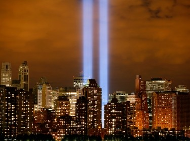 The 'Tribute in Lights' shines on the skyline of lower Manhattan in New York City, September 11, 2006
