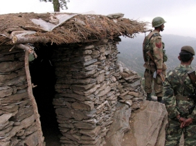 Pakistani soldiers at an army post in the Shawal mountains along the Pakistan-Afghanistan border, near a known haven for al Qaeda militants, April 29, 2006