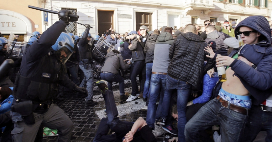 Feyenoord fans clash with police at the Spanish Steps prior to the start of the Europa League soccer match between Roma and Feyenoord in Rome, Italy, February 19, 2015, photo by Yara Nardi/Reuters
