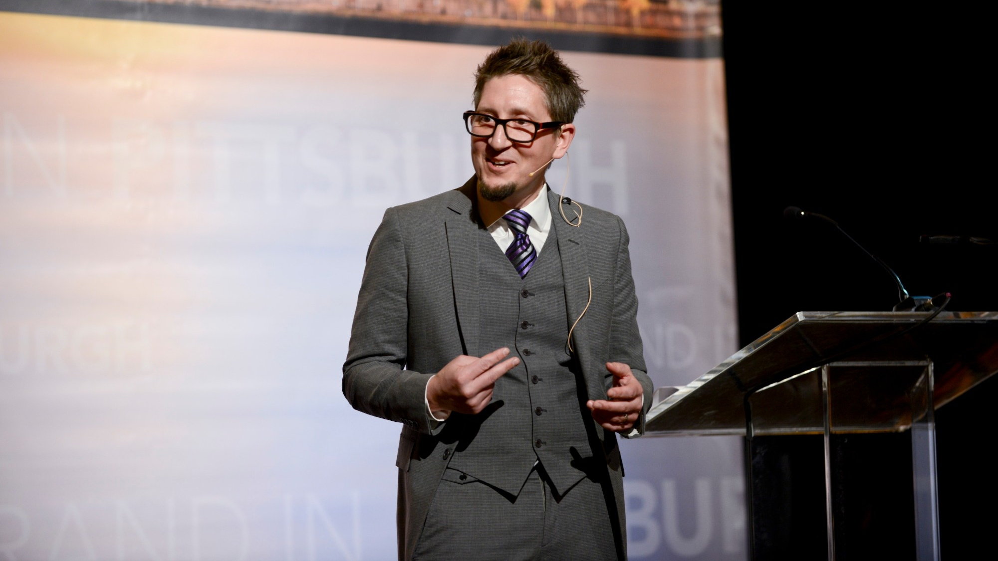 RAND senior policy researcher Beau Kilmer discusses the U.S. opioid crisis at a RAND event in Pittsburgh, April 10, 2019, photo by Michael Reed Photography