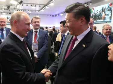 Russian President Vladimir Putin and Chinese President Xi Jinping meet on the sidelines of the G20 leaders summit in Buenos Aires, Argentina, December 1, 2018, photo by Sputnik/Mikhail Klimentyev/Kremlin via Reuters
