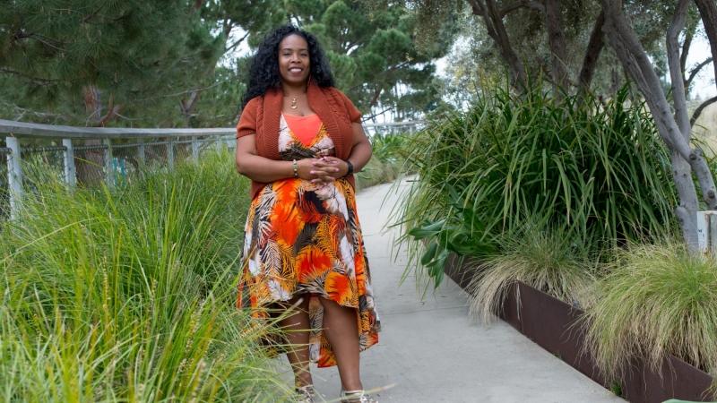Dionne Barnes-Proby in Tongva Park in Santa Monica, California, photo by Diane Baldwin/RAND Corporation