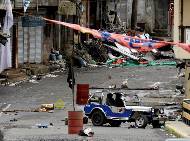The Maute group stronghold with an ISIS flag in Marawi City, in southern Philippines, May 29, 2017, photo by Erik De Castro/Reuters