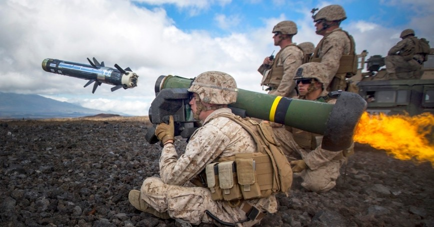 A Marine fires a Javelin during Operation Lava Viper at Pohakuloa Training Area, Hawaii, May 27, 2015, photo by Cpl. Ricky Gomez/U.S. Marine Corps