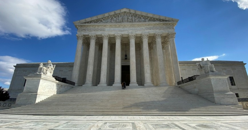 The U.S. Supreme Court building in Washington, D.C., January 19, 2020, photo by Will Dunham/Reuters