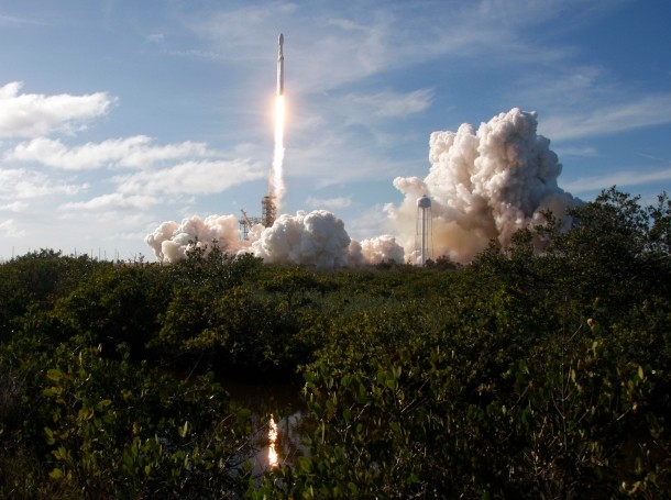 A SpaceX Falcon Heavy rocket lifts off from historic launch pad 39-A at the Kennedy Space Center in Cape Canaveral, Florida, February 6, 2018, photo by Thom Baur/Reuters