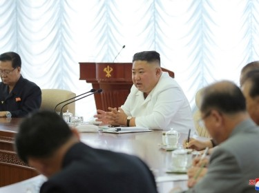 North Korean leader Kim Jong Un speaks during the 13th Political Bureau meeting of the 7th Central Committee of the Workers' Party of Korea (WPK) in this image released June 7, 2020 by North Korea's Korean Central News Agency, photo by KCNA/Reuters