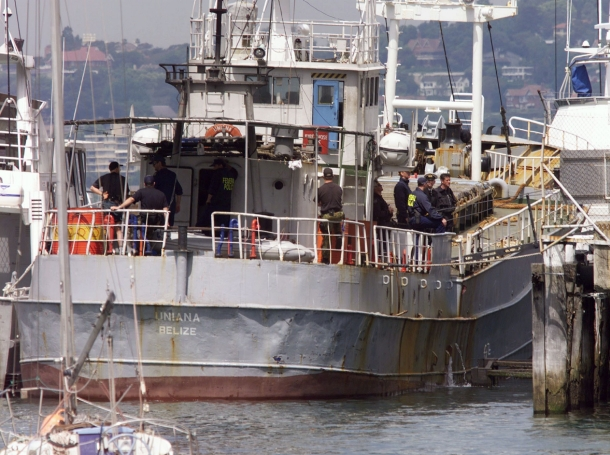 Australian authorities aboard a vessel involved in a heroin raid in Sydney, October 15, 1998, photo by Reuters