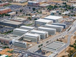 Aerial photo of the 12-building Department of Veterans Affairs replacement medical center under construction in Aurora, Colorado, photo courtesy of Kiewit Turner