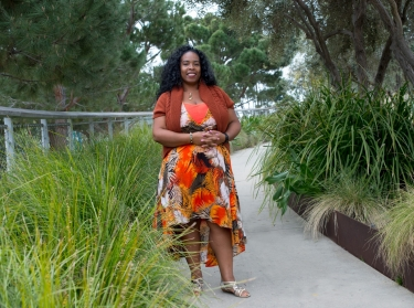 Dionne Barnes-Proby in Tongva Park in Santa Monica, California, photo by Diane Baldwin/RAND Corporation
