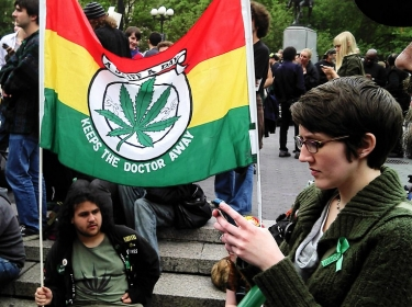 rally to legalize marijuana