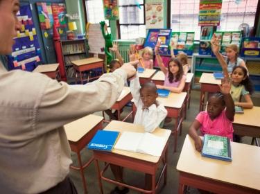 teacher calling on students
