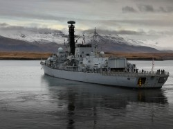 HMS Westminster departs Reykjavik for Exercise Trident Juncture, photo by PO Jim Gibson RNR/Public Domain