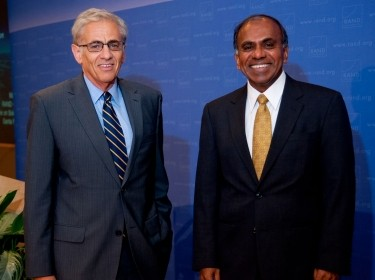 Michael Rich and Subra Suresh at 2012 Haskins Lecture on Science Policy