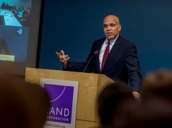 The RAND Committee on Diversity and Inclusion in Policy Analysis welcomed Dr. Raynard Kington to RAND Santa Monica on February 12, 2015, photo by Diane Baldwin/RAND Corporation