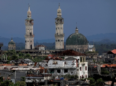 Dilapidated structures are seen in Marawi City, Philippines, May 11, 2019, abandoned two years since pro-Islamic State militants began their attacks there, photo by Eloisa Lopez/Reuters
