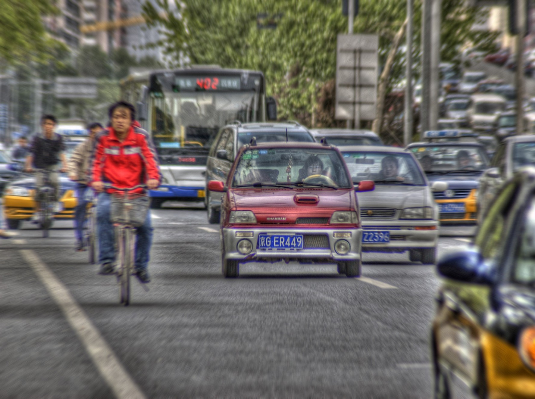 This study identified transportation policies that affect how much people want to drive, including consumer pricing of fuel, policies that discourage excessive driving, and those that encourage alternatives to driving.