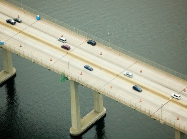 Road bridge over Narragansett Bay, Newport County, Rhode Island, USA