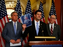 House Majority Leader Kevin McCarthy (left), House Speaker Paul Ryan (center), and Congressman Greg Walden hold a news conference on the American Health Care Act in Washington, March 7, 2017